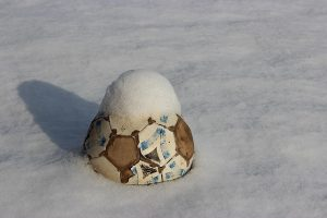Is Soccer a Fall and Winter Sport? ○ 4 ○ Lifestyle