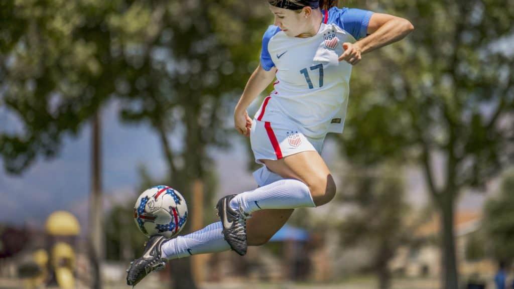 Advanced soccer Moves FI Flick e1572031941631