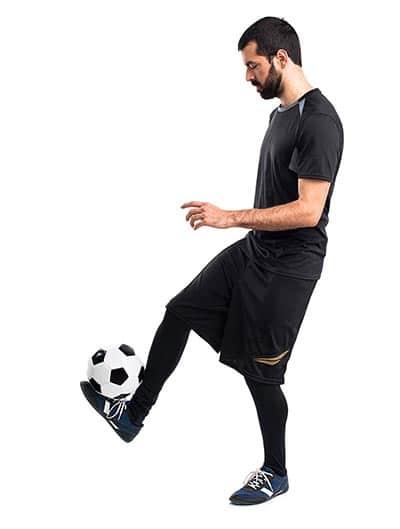 controlling a soccer ball ina juggle